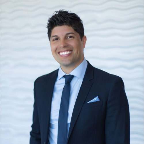 Dr. Dennis Rivera, a dentist in Edgewater, NJ